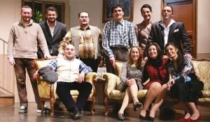 """Gruppo attori della Compagnia """"Giovanni Vercillo"""" di Lamezia Terme"""